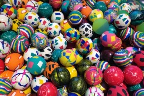 10,000 Premium Bouncy Balls